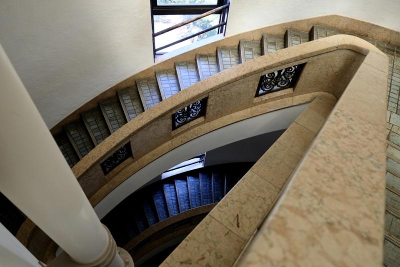 国立科学博物館 日本館 階段