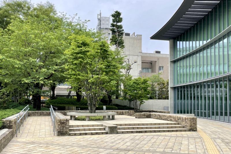 国際子ども図書館 中庭