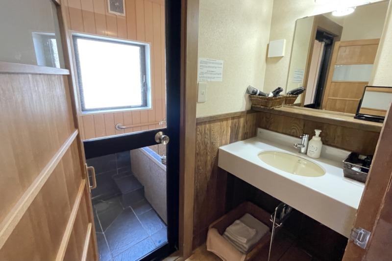 澤の屋旅館 バストイレ付き